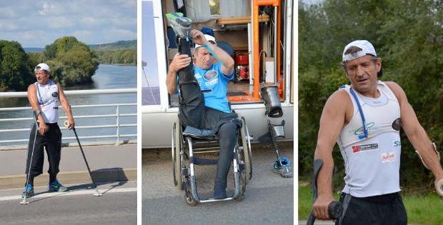 Joe KALS le paraplégique fête ses 700 kms en marche pendulaire à l'Hôtel de Ville de LYON le 13 décembre 2011…
