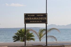 Antibes Juan-Les-Pins : Quand la plage «AC Marriott Ambassadeur»se fait identité…