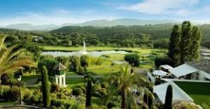 Au Royal Mougins Golf & Resort, alliez les plaisirs du golf à l'atmosphère envoûtante de la Provence !
