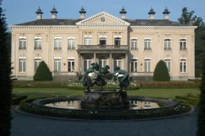 Belgique : L'Ecole de majordomes déménage dans le Château XVIII ème Siècle à Anvers…