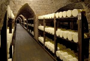 A l'occasion de la 31 ème Edition des Journées du Patrimoine, Roquefort SOCIETE® ouvre les portes de ses caves…