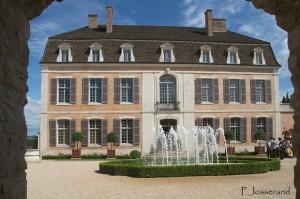 Bourgogne : Remise du Prix Bettati au Château de Pommard distinguant le meilleur-artisan français…