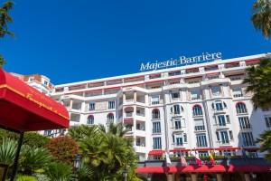 Cannes : Hôtel Majestic Barrière, la décoratrice Nathalie Ryan revisite les salles de bain des chambres et suites du palace du 10 La Croisette…