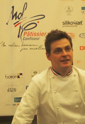«Le Meilleur ouvrier de France 2015 »  est… «Christophe Renou»…