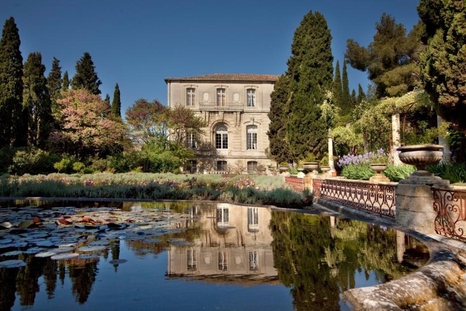 Villeneuve l s avignon 30 l abbaye saint andr d roule for Jardin remarquable 2015