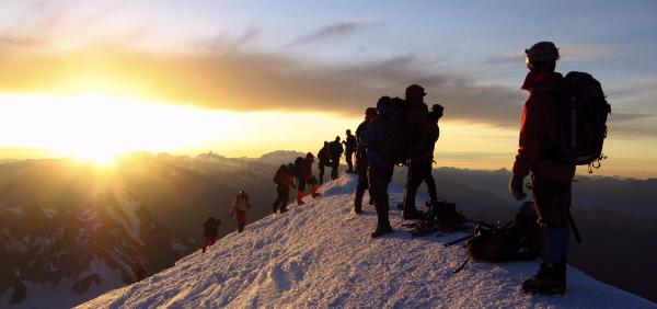Environnement et sécurité : Le Mont-Blanc sera-t-il encore victime de son succès cette année ?