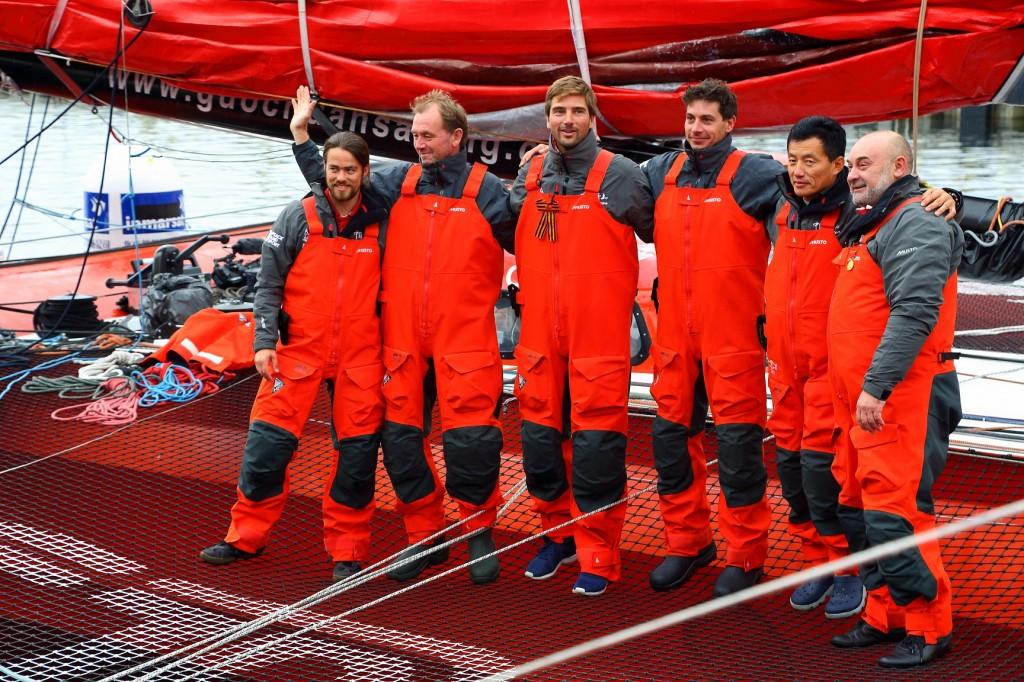 Le Qingdao Chine met les voiles pour établir le record du monde de l'océan Arctique…