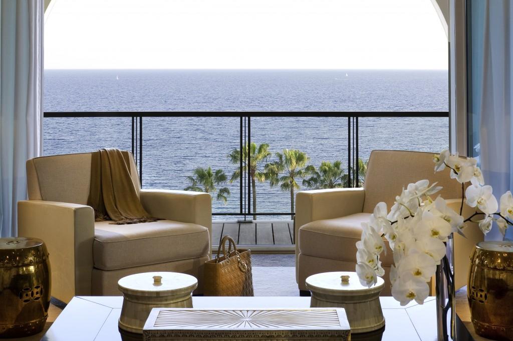L'Hôtel Barrière Le Majestic Cannes «Un Hiver face à la mer» : Une offre exceptionnelle pour la plus belle des vues mer…