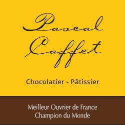 Le Praliné à l'ancienne est… sans doute… la plus grande passion du Maître Chocolatier-Pâtissier Pascal Caffet…