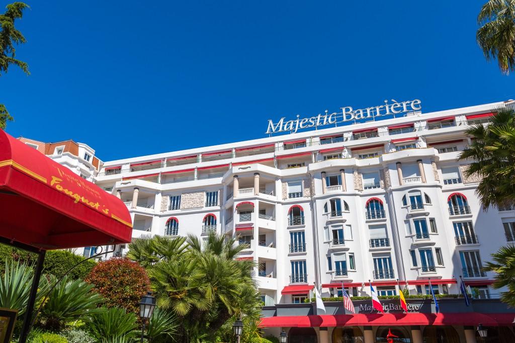 Le Fouquet's Cannes, l'une des tables gourmandes de l'Hôtel Barrière Le Majestic Cannes, s'offre une renaissance…