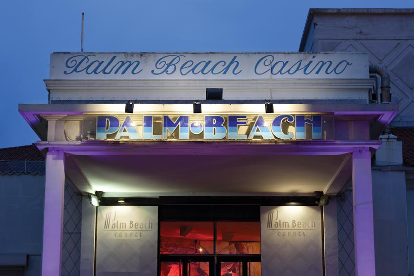 150 artistes rendent hommage au Casino Palm Beach à Cannes…