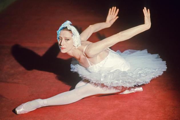 Cannes : Le Gala d'étoiles internationales «Viva Maïa» accueille Maïa Plissetskaïa au Palais des Festivals et des Congrès…