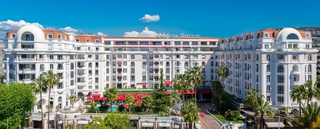 Les Hôtels Majestic Barrière Cannes et Carl Gustav Saint Barth recrutent…